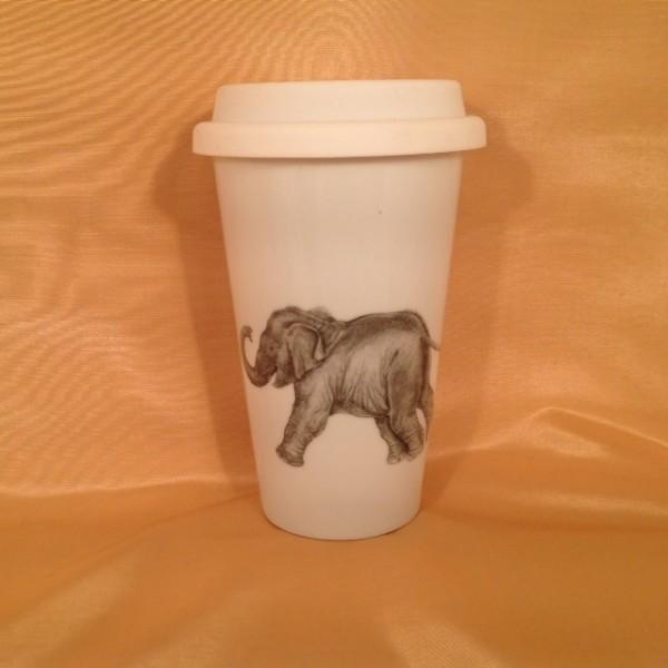 """Coffee-to-go-Becher """"Spielender Elefantenjunge"""""""